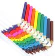 reflets de crayons de couleur