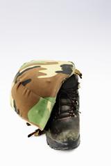ヘルメットと靴