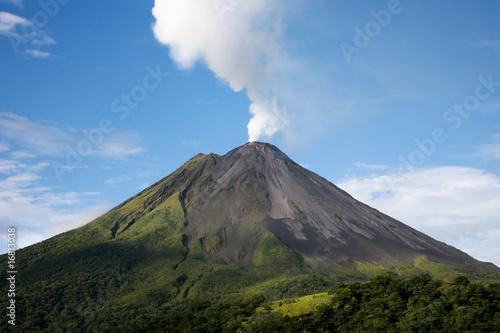 Foto op Canvas Vulkaan Arenal volcano in Costa Rica