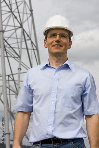 Lächelnder Ingenieur