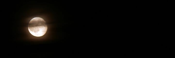 Nuit et lune