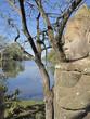 """Statue de pierre à l'entrée du site """"BAYON"""" des temples d'Angkor"""