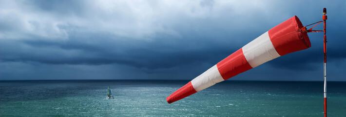 vent tempête météo manche air mer océan bâteau voilier naviguer