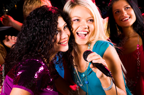 Singing girls