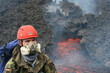 Vulkanologe am Ätna bei der Arbeit