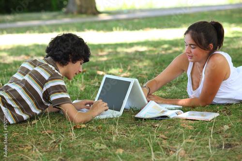 Adolescents vidéo et crédit illinois