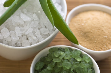 bath salt and aloe vera