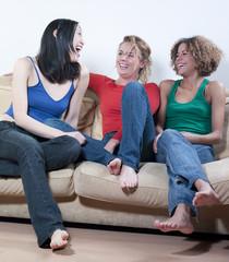 jeunes filles fou rire