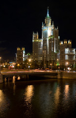 Building at Kotelnicheskaya embankment