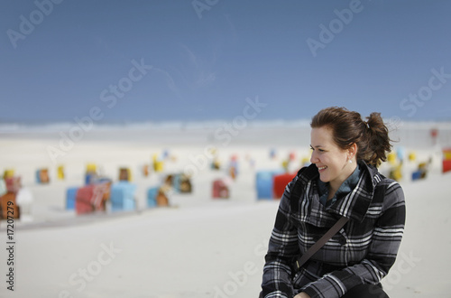 Frau am Strand von Juist - Woman at the beach of Juist