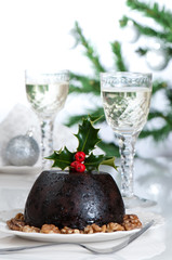 Christmas Pudding Table