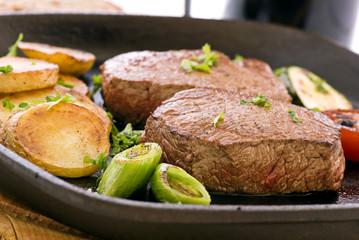 Steak in Gusspfanne