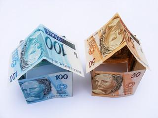 duas casas dinheiro