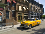 Fototapety Old American Taxi in a old town