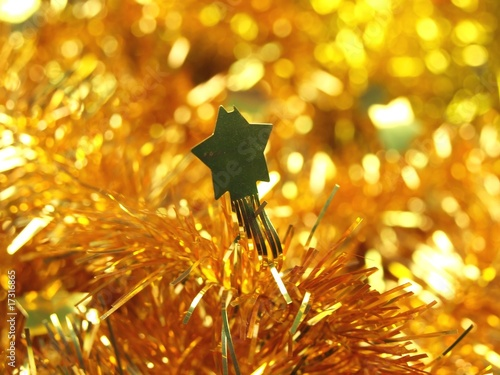 Golden stars Christmas chain