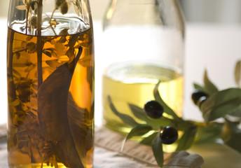 Öle und Oliven