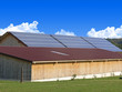 Große Halle mit Solarzellen