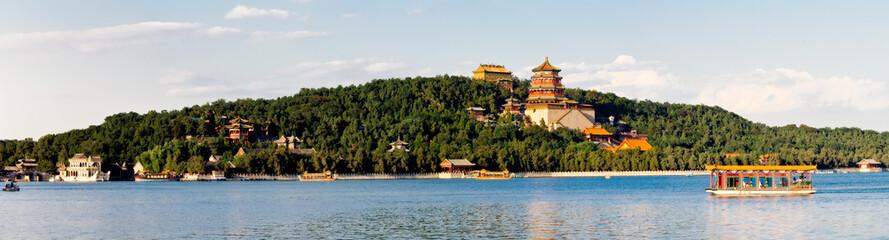北京颐和园万寿山全景