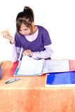 enfant qui goute pendant ses leçons poster