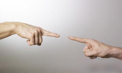 deux mains indexs connexion engagement