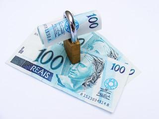 Dinheiro e Cadeado
