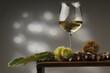 Castagne crude e vino bianco