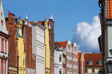 Giebel alter Backsteinhäuser