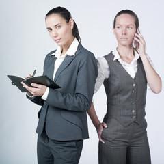 équipe de femmes business emploi examens