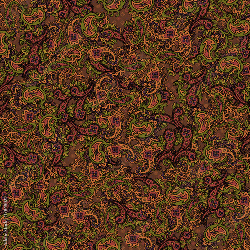 Background Paisley Allover