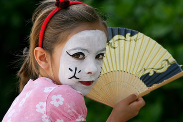 déguisée en petite asiatique