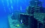 Exploring a shipwreck
