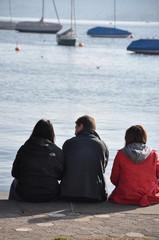 Menschen am See