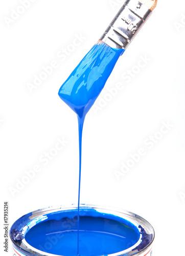 pinsel mit blauer farbe und farbdose 2 stockfotos und lizenzfreie bilder auf. Black Bedroom Furniture Sets. Home Design Ideas