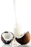 coconut juice pour