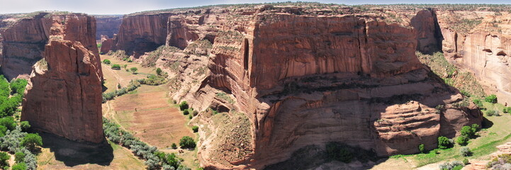 looking inside Canyon de Chelly