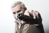 homme armé menace agression violence poster