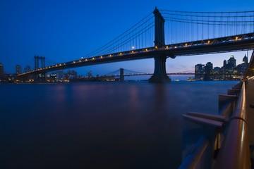 manhattan bridge spanning the east river, new york