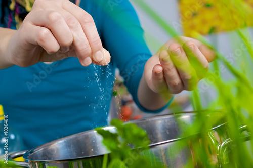 Fotobehang Kruiderij Wasser salzen