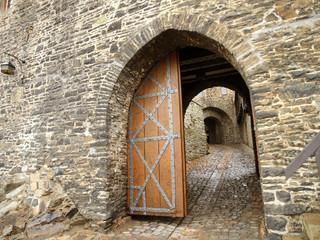 Burg Altena, Burgtor
