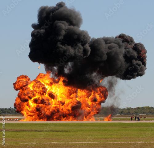 In de dag Vuur / Vlam Large explosion