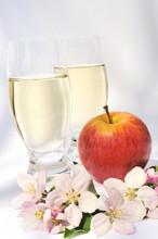 Sidra y manzana - aún-vida