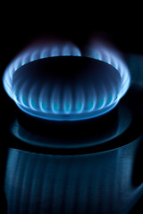 Natural gas burner with reflection
