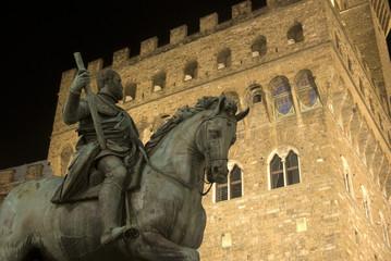 Firenze,Ppiazza della Signoria, statua di Cosimo 1°