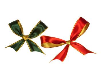 Grüne und rote Schleife, freigestellt auf Weiss