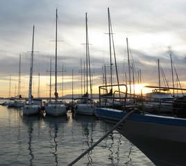 Barche e tramonto