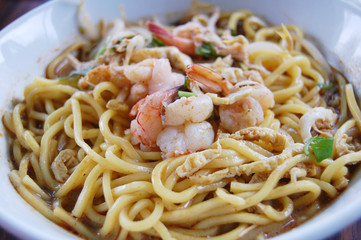 sarawak popular laksa mee noodle with prawn.