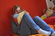 Teenager in ihrem Zimmer