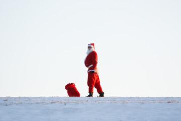 Weihnachtsmann am Horizont