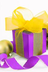 geschenke,weihnachtskugel