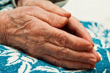 old hands in prayer